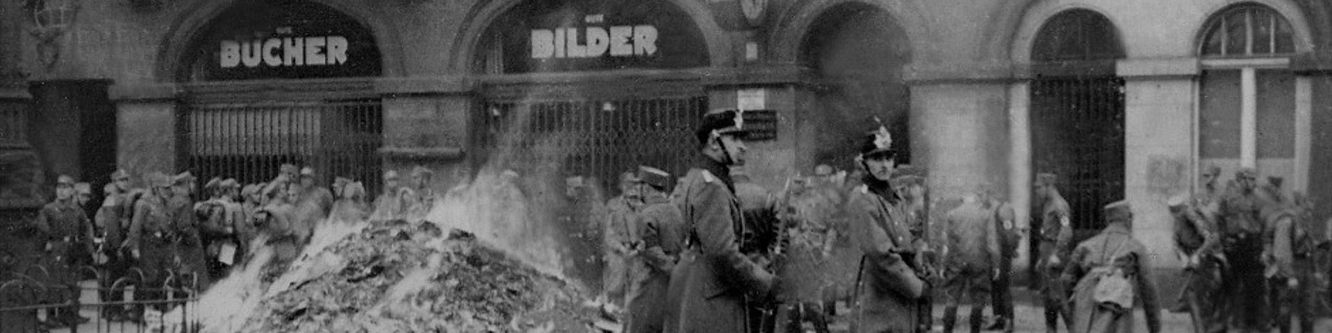 Veranstaltung zum Jahrestag der Bücherverbrennung auf dem Wettiner Platz